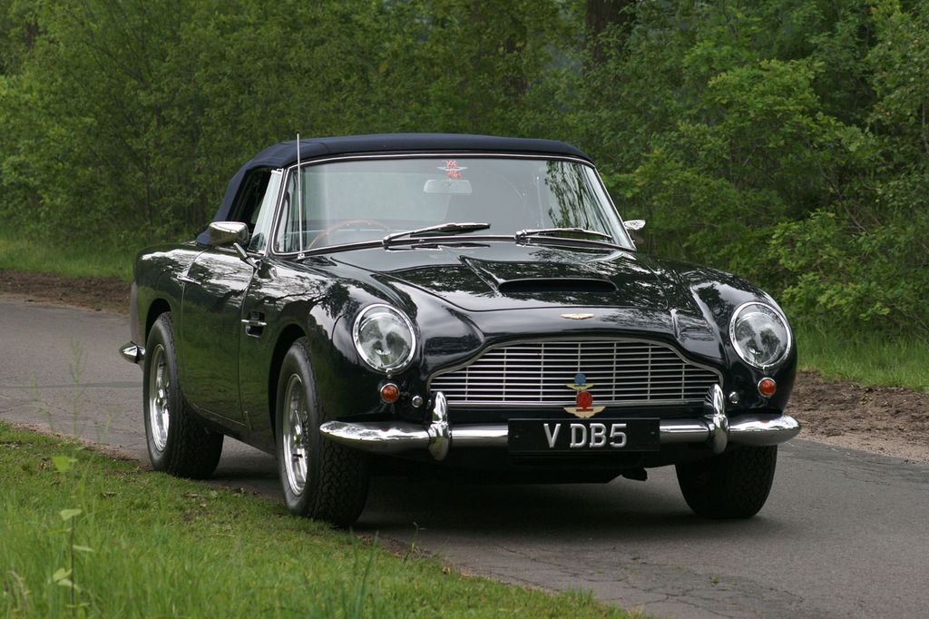 1965 Aston Martin DB5 Vantage Convertible at auction | Spare Wheel