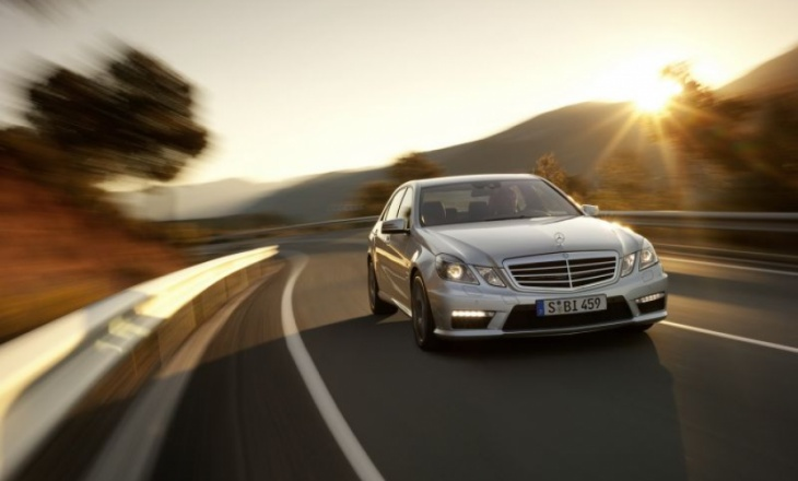 Mercedes E63 AMG has an incredible sprint!